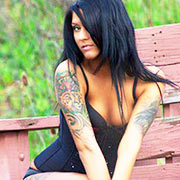 Lisa Zee